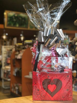 Valentine Basket Large